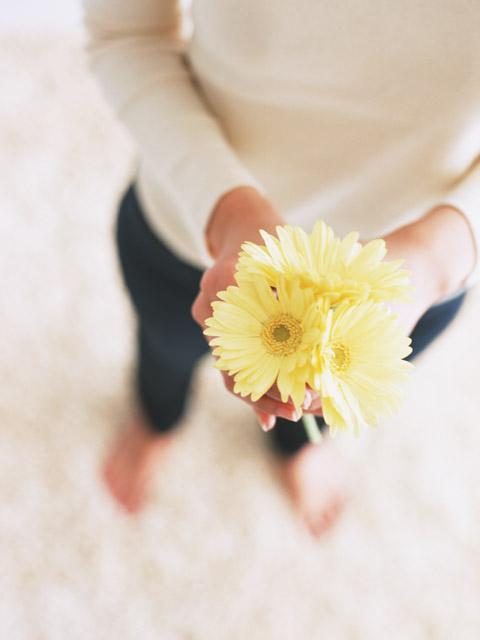 お花をお送りするように進物線香を